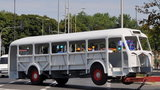 """""""Czerwony autobus"""" wrócił do Warszawy. Zobacz jak wygląda"""
