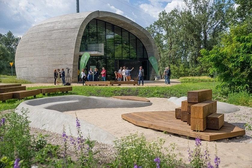 Projektowanie przestrzeni publicznej – Pawilon edukacyjny Kamień na Golędzinowie z polaną, rejon ulicy Wybrzeże Puckie 1.