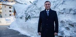 U prezydenta Dudy dwa metry śniegu. Mina bezcenna