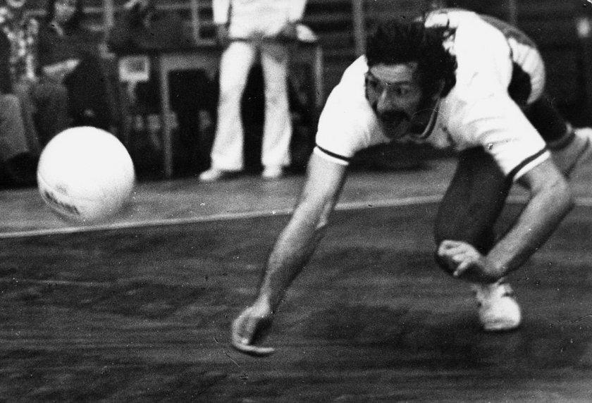 Rybaczewski w latach 70. zdobył z kadrą nie tylko olimpijskie złoto, lecz także mistrzostwo świata oraz wicemistrzostwo Europy.