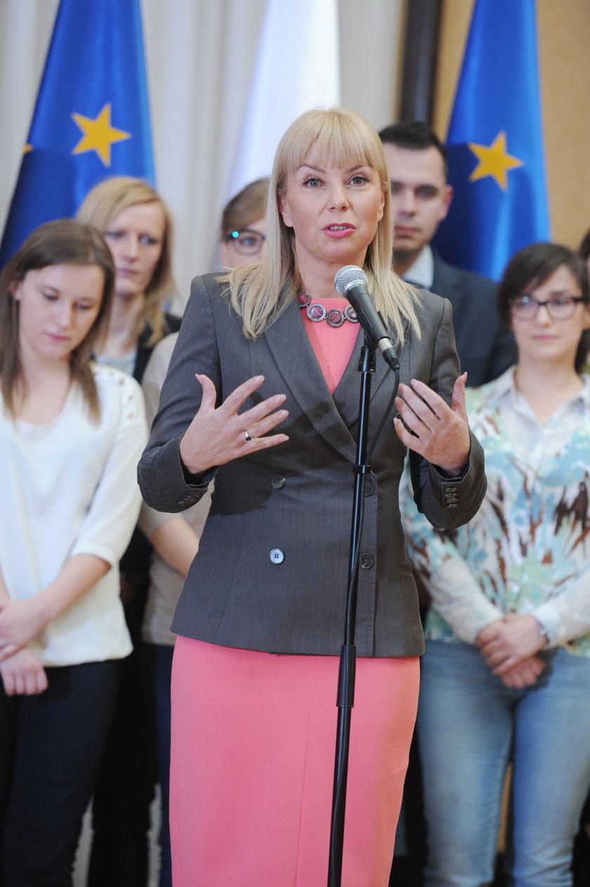 Bieńkowska wyjedzie do Brukseli. A co z dziećmi?