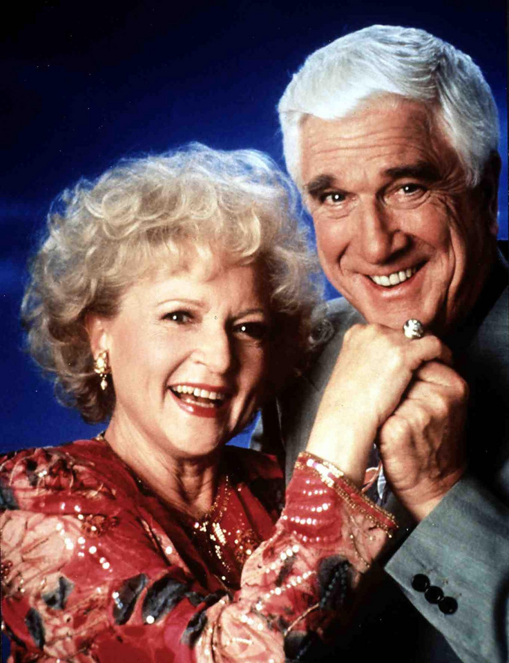 Betty White i Leslie Nielsen  (1991)