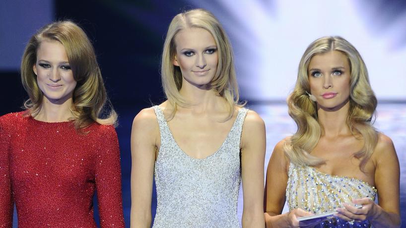 "Aleksandra Kuilgowska, Anna Piszczałka i Joanna Krupa w finale ""Top Model"""