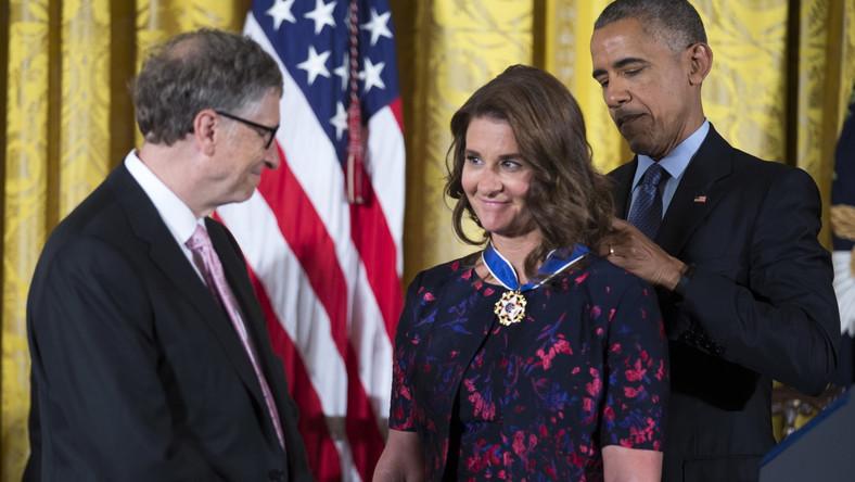Bill i Melinda Gatesowie dostają Medal Wolności od prezydenta Baracka Obamy