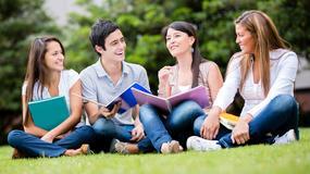 Studenci przywiozą dyplomy do Polski