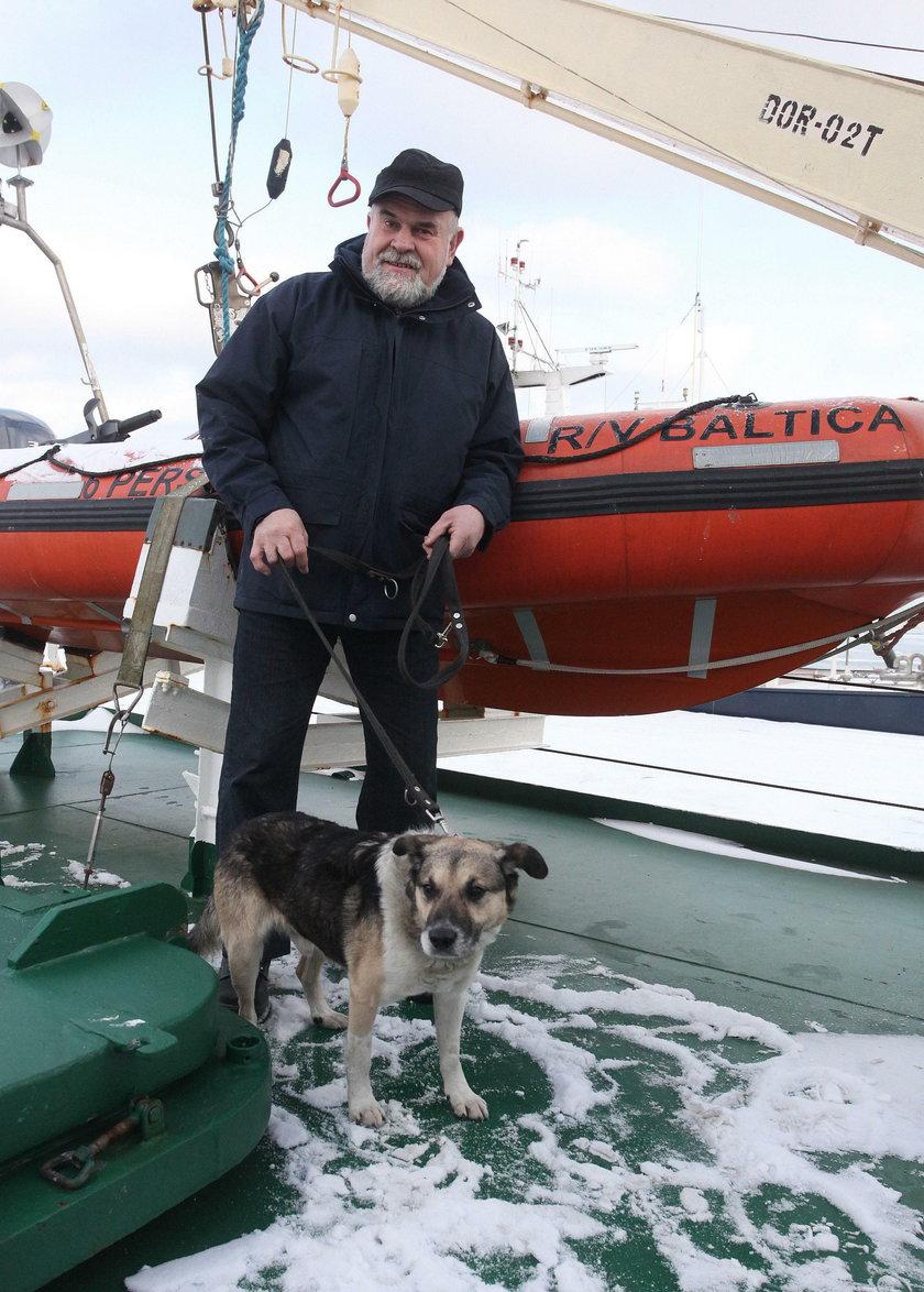 Adam Buczynski - oficer mechanik na statku Baltica