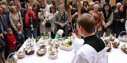Jak poświęcić jedzenie na Wielkanoc? Księża opisali wszystko, co trzeba wiedzieć!