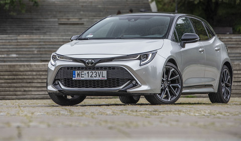 Toyota Corolla 1.2 Turbo - czy to dobra alternatywa dla hybrydy?