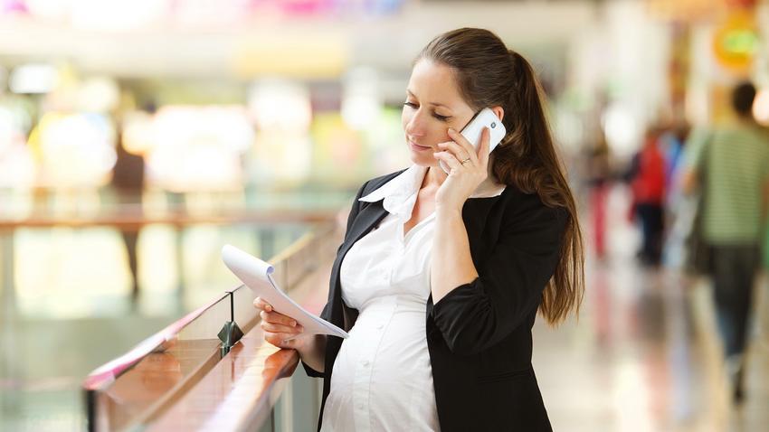 3a9157a41ef0b Przedstawiciele handlowi szukają klientów na zajęciach dla kobiet w ...