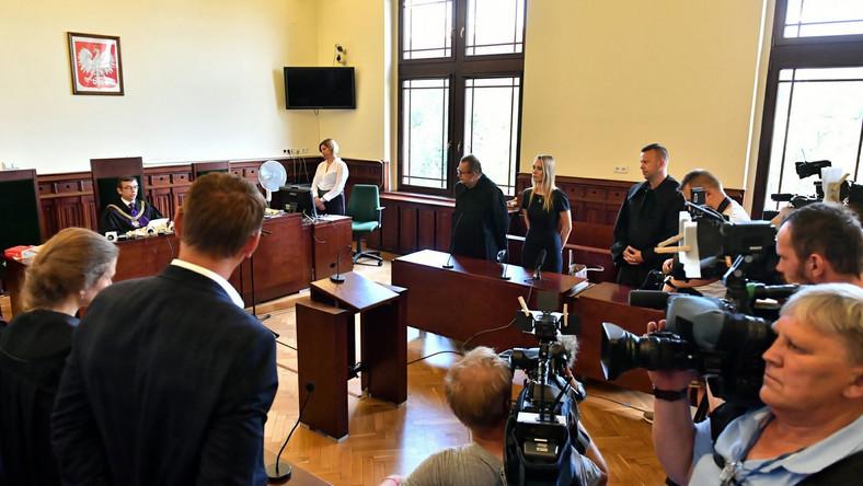 Ogłoszenie wyroku w Sądzie Rejonowym we Wrocławiu w sprawie śmierci Igora Stachowiaka