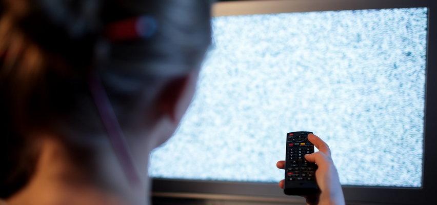 Ponad 2 mln gospodarstw domowych straci dostęp do telewizji. W sklepach może zabraknąć telewizorów!