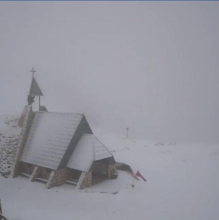 sneg slovenija