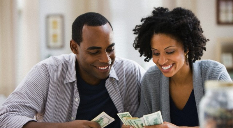 5 financial warning signs to watch out for in a relationship