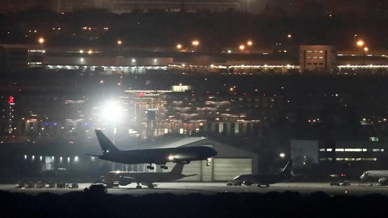 Lądowanie samolotu w Madrycie
