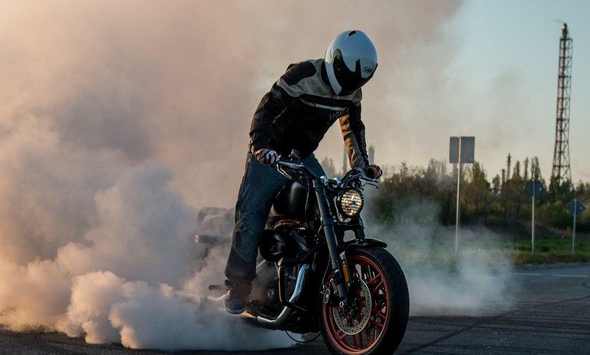 W Rzeszowie rekord pobito motocyklem marki Harley-Davidson