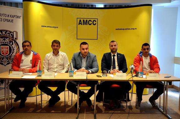 Nenad Vićentić, Staniša Lazarac, Dejan Stojić, Milan Nikolić i Luka Kotorčević