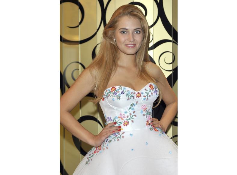 Rozalia Mancewicz w oficjalnej sukni Miss Polonia