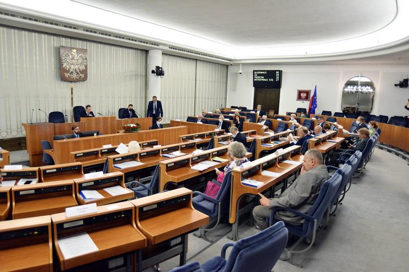 Senat przyjął poprawki do budżetu