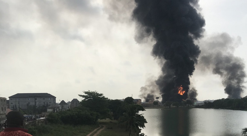 Suspected pipeline explosion rocks Amuwo Odofin in Lagos, twitter reacts