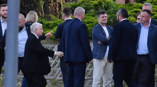 """Kaczyński zganił koalicjantów. """"Musimy być czystsi niż żona Cezara"""""""