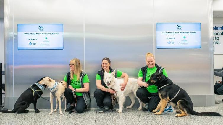 Kutyák segítik a koronavírus fertőzöttek kiszűrését
