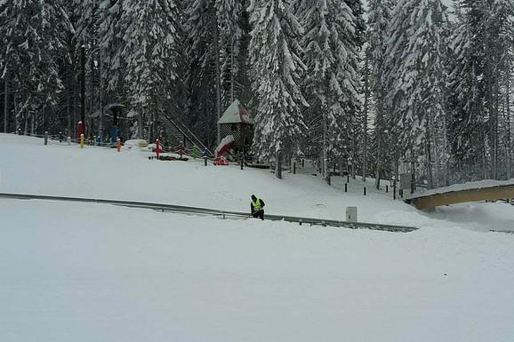 Zimska čarolija može da počne! Pao je PRVI SNEG u Srbiji, evo gde se sve zabelelo (FOTO)