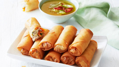 DIY Recipes: How to make Chicken spring rolls