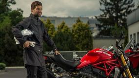 Jak przetrwać upał na motocyklu? Na przykład w płaszczu Ixon Nation