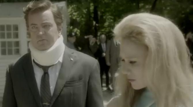 Scena iz nove serija: Metju Peri zaista ne liči na sebe!