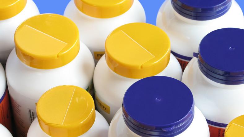 Suplementy dzielimy na dwie grupy: uzupełniające dietę i suplementy specjalne