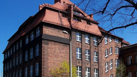 Uniwersytet kojarzeń