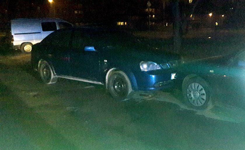 Pijani dzielnicowi staranowali trzy samochody