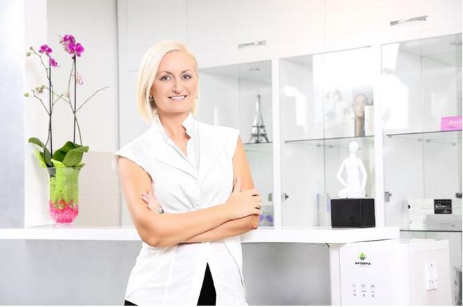 Jasmina Vikalo, dermatolog
