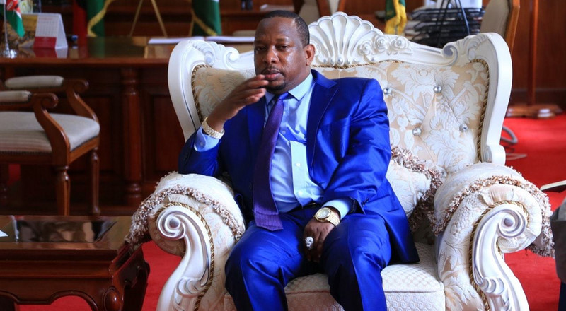 Sonko comes to the rescue of police officer who handcuffed him in Voi after his video being harassed by Baby Mama went Viral