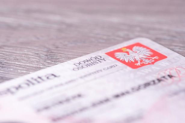 1 mln - tyle Polaków odebrało już swój e-dowód