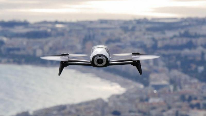Parrot zapowiada trzy nowe drony