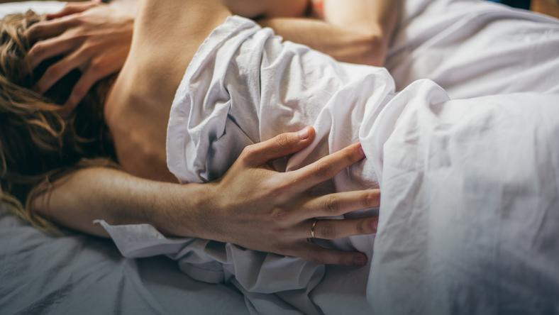 pierwszy orgazm kobiety