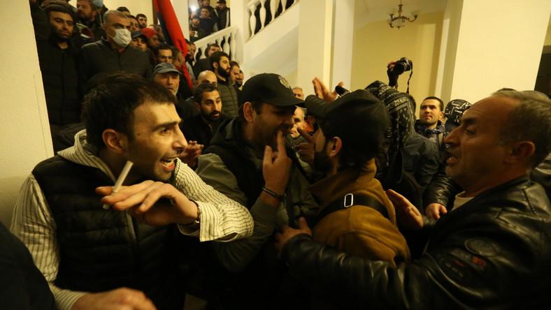 Zamieszki w Erywaniu