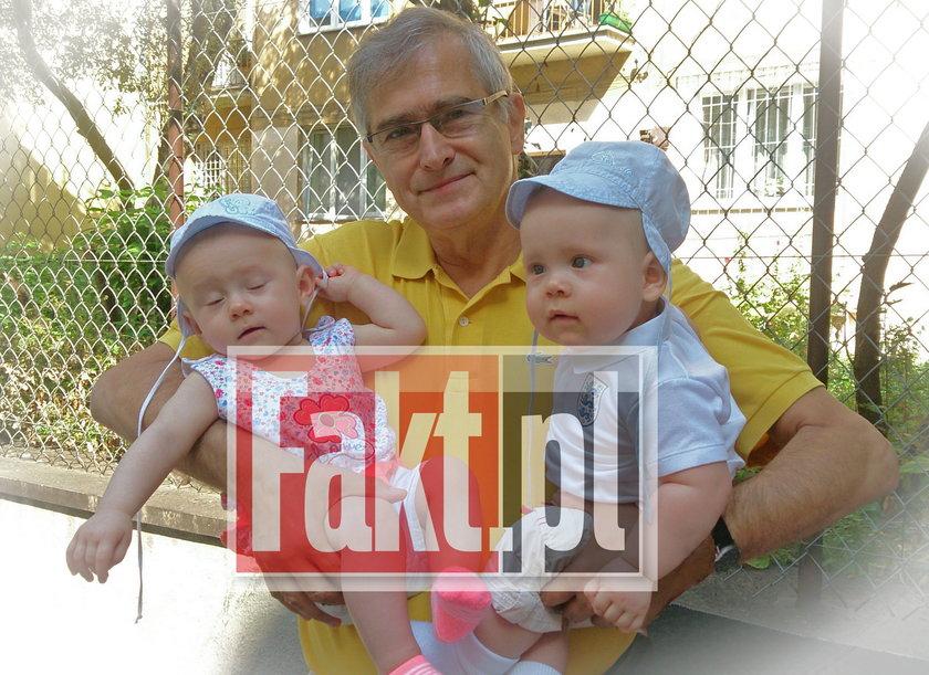 Olgier Łukaszewicz z bliźniakami Barbary Sienkiewicz