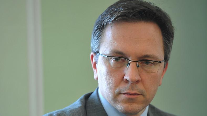 Rybiński: Państwo traktuje obywatela jak przestępcę