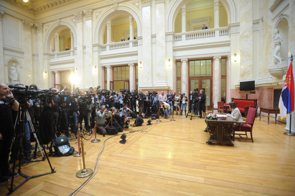 Brojne novinarske ekipe danas u Skupštini Srbije