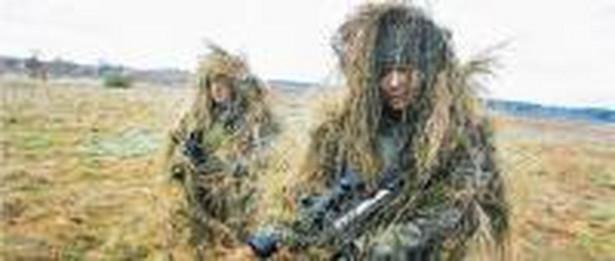Żołnierze są przeciwni włączeniu służb mundurowych do powszechnego systemu emerytalnego Fot. Cezary Aszkielowicz/Agencja Gazeta