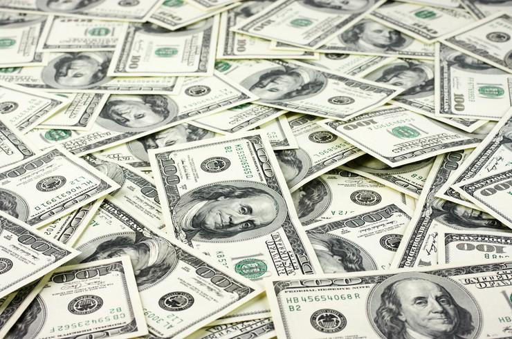dolar shutterstock 126039806