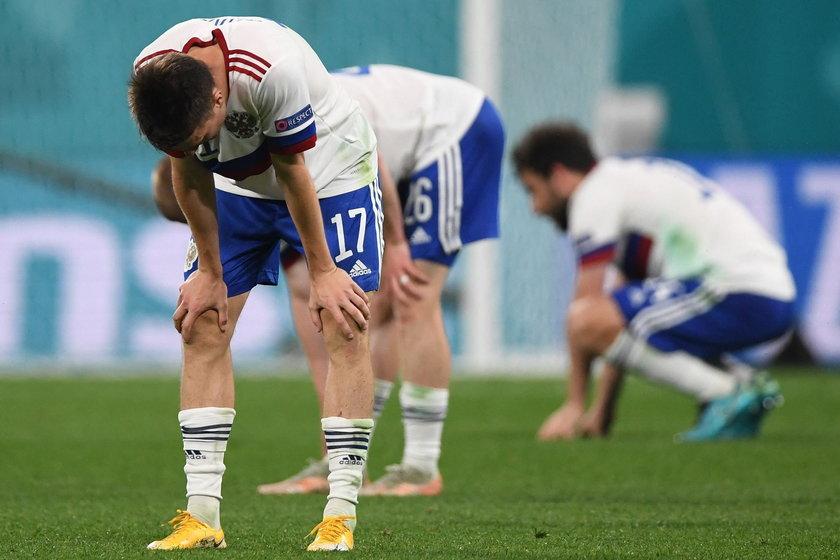 W pierwszym meczu na Euro piłkarze Stanisława Czerczesowa (57 l.) przegrali z reprezentacją Belgii 0:3.