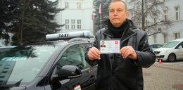 Nowe identyfikatory dla taksówkarzy w Łodzi