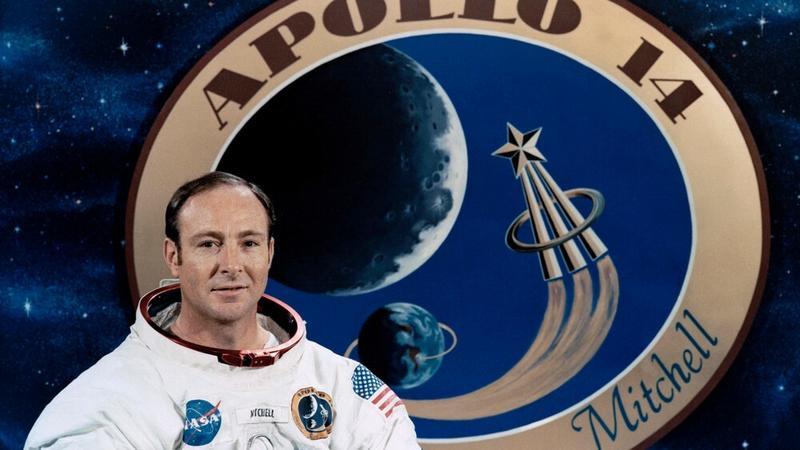 Edgar Mitchell - astronauta, który wiedział za dużo