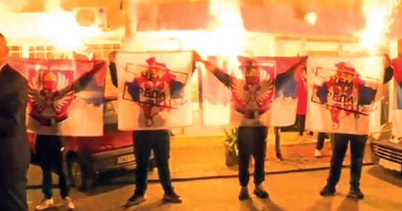 Na okupljanju u Šapcu Srpska desnica pretila bacanjem u Drinu