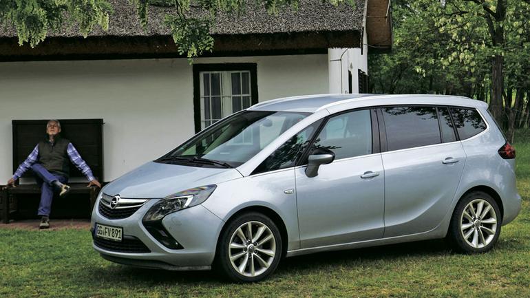 Opel Zafira 2.0 CDTI - wszechstronny ekspres rodzinny