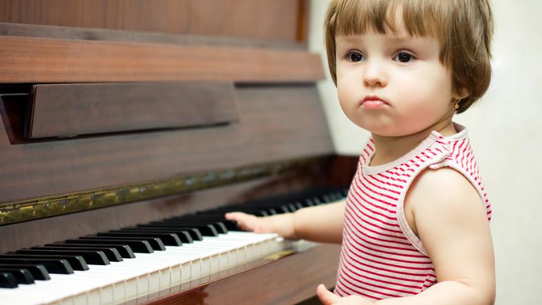 Gra na instrumencie dobrze wpływa na mózg