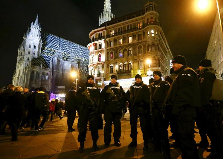 austrijska policija_foto Reuters (2)
